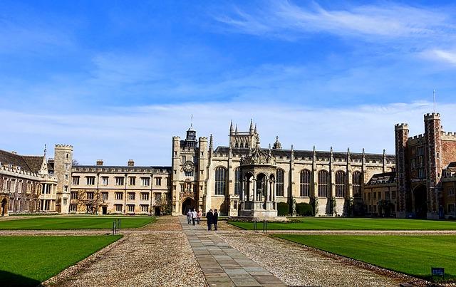 university-1174967_640