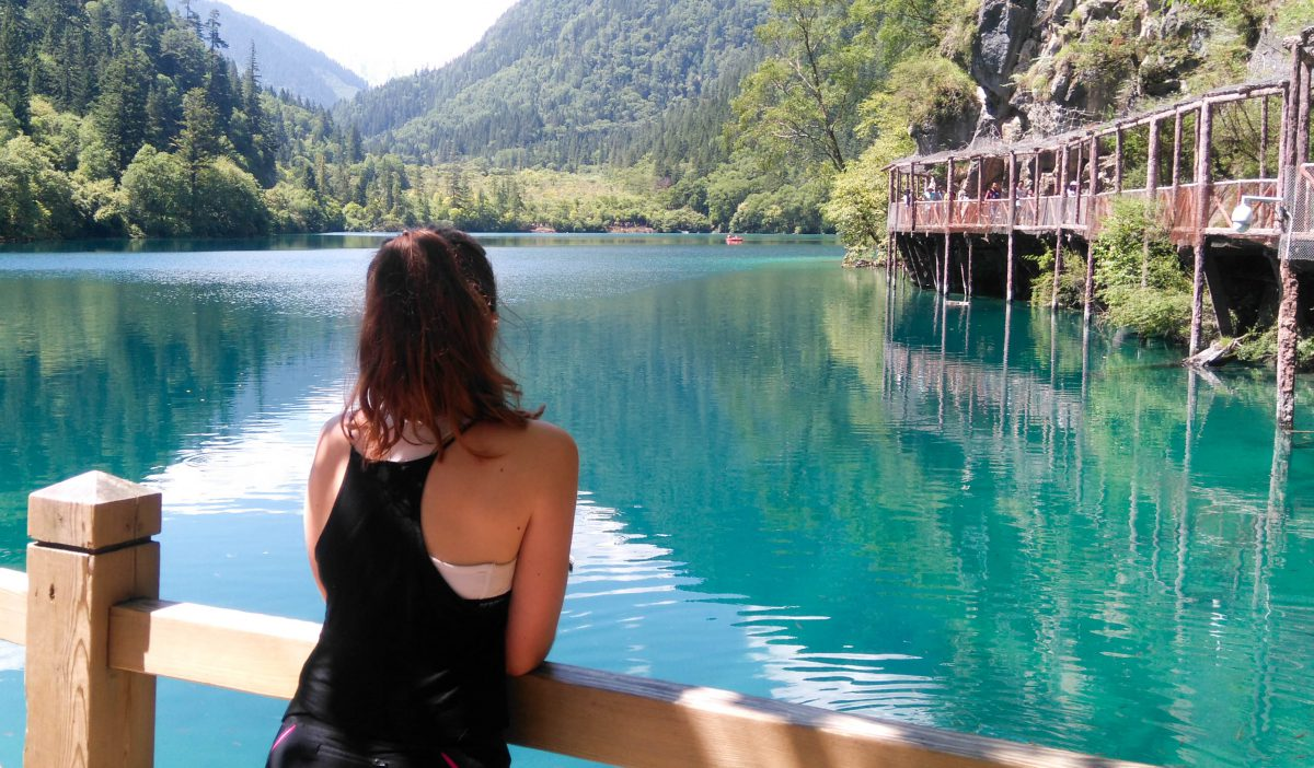 beautiful lakes in Jiuzhaigou
