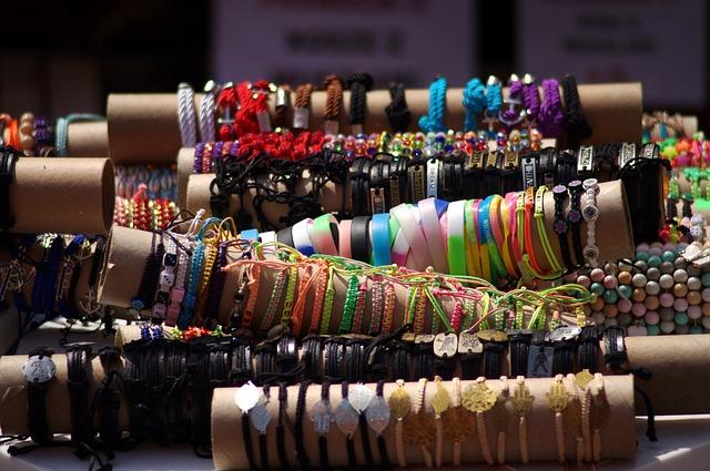 bracelet-1549604_640