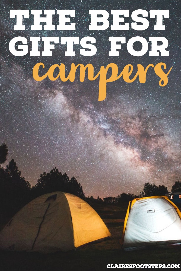 If you're looking to buy Christmas gifts for campers or gifts for hikers or people who love the outdoors, this Christmas present gift guide will help you find the best ones! Or are you looking for birthday presents for campers or a gift for someone who travels? Check this camping gift guide full of things to take camping out!