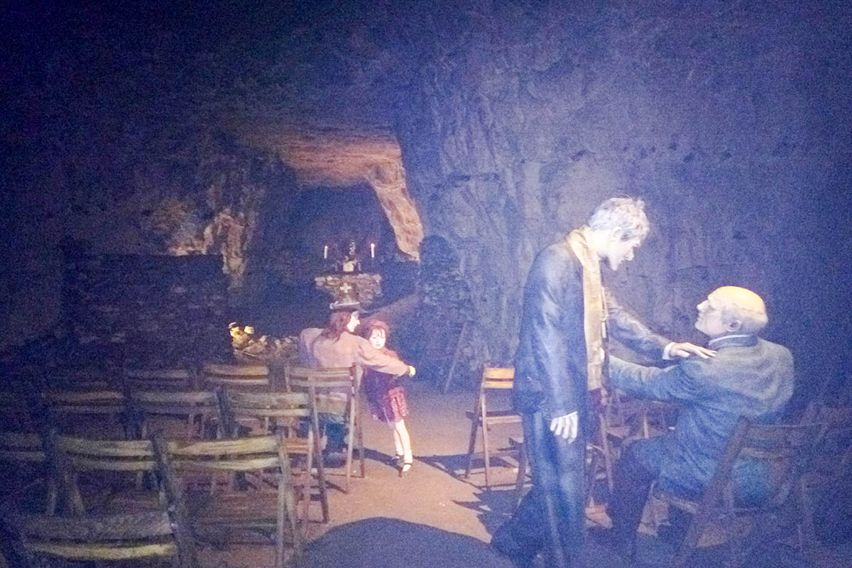 chislehurst caves in south london